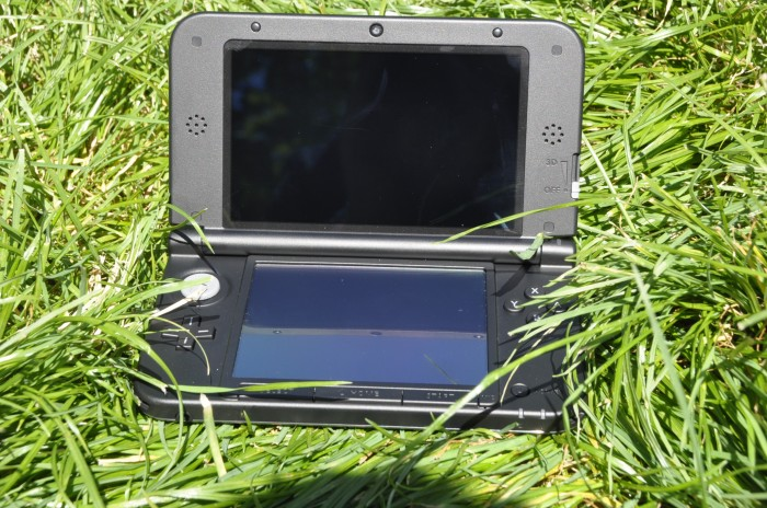 La 3DS XL, ouverte et généreuse