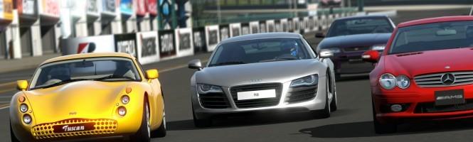 Gran Turismo 5 dans la hotte du Père Noël, pour du vrai.
